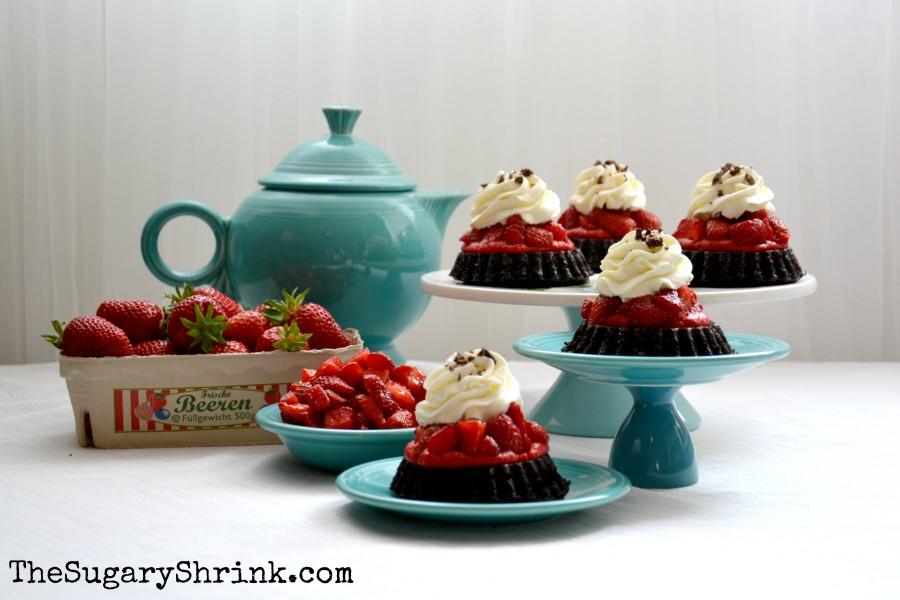 choc strawberry tarts 787 tss