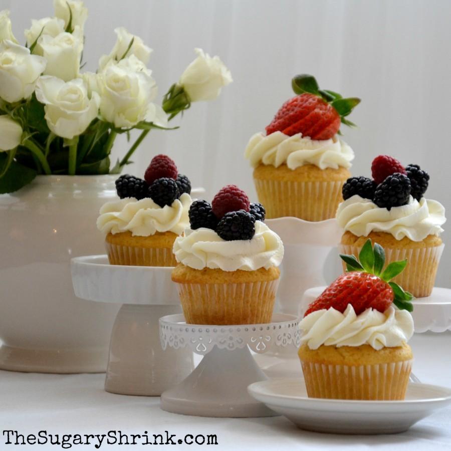 white choc cupcake 038 insta