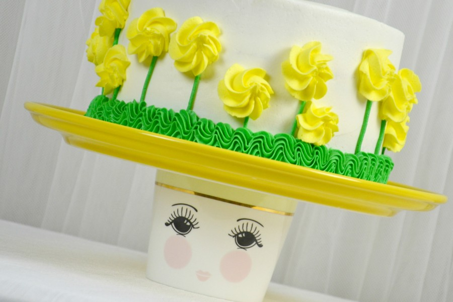 almond yellow rose cake 857