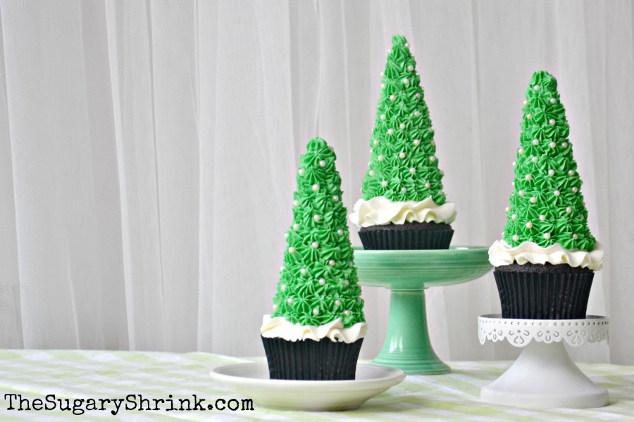 choc cupcakes xmas trees 377 tss