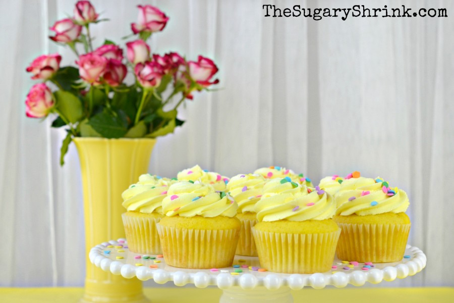 lemon-cupcakes-228-tss