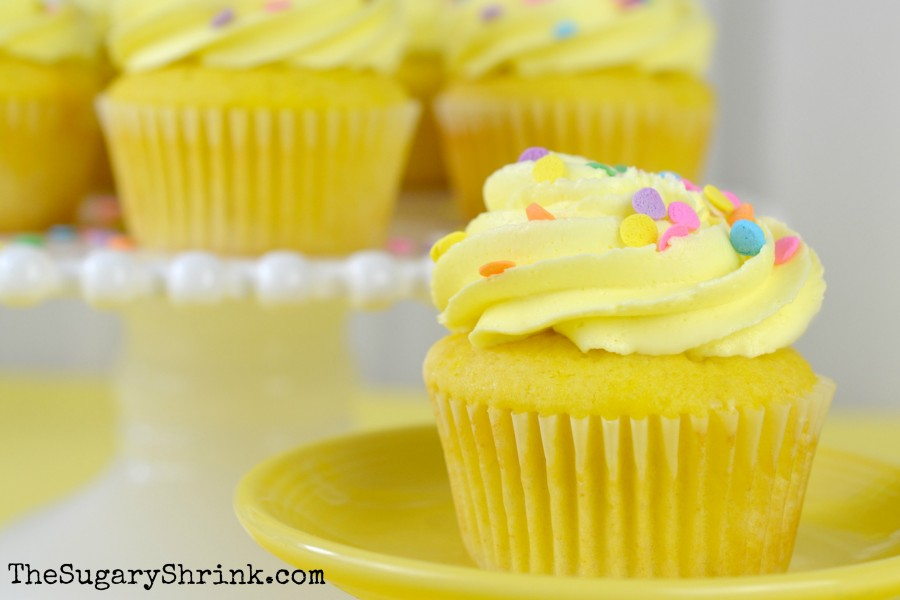 lemon-cupcakes-253-tss