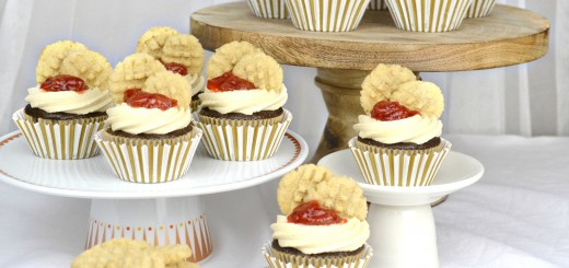 peanut-butter-jelly-cupcakes-021-tss